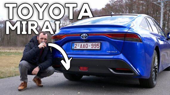 Toyota Mirai – Saya minum air dari knalpot